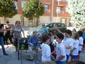Helen and Tracy interacting with the local school children