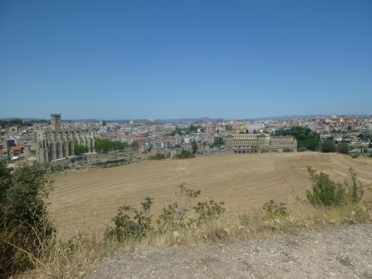 Basílica de Santa María (L) and the Cova de Sant Ignatius (R)