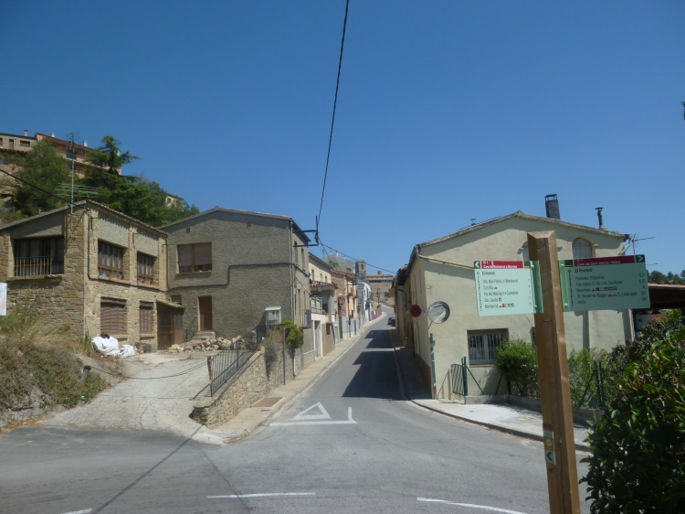 Coming into Castellgali